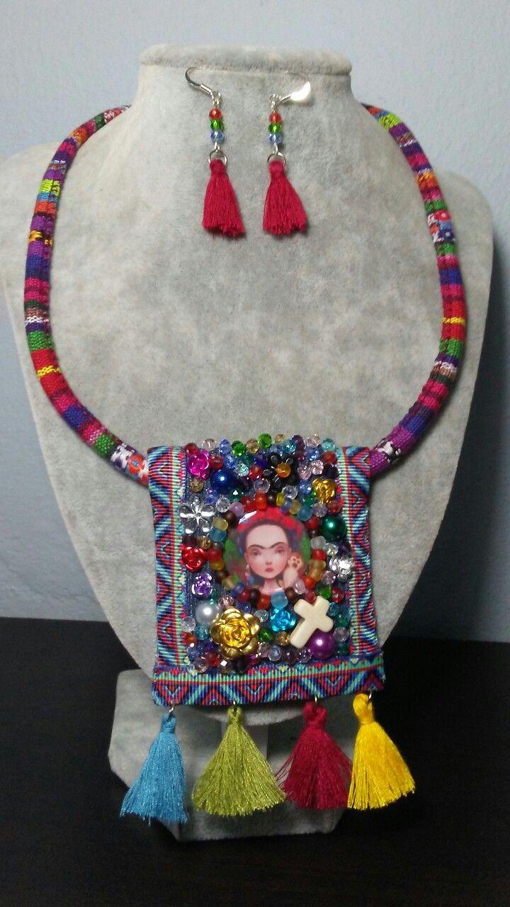 edb71d577a05 Hecho a mano por Sylvia Rodríguez. Joyería Mexicana