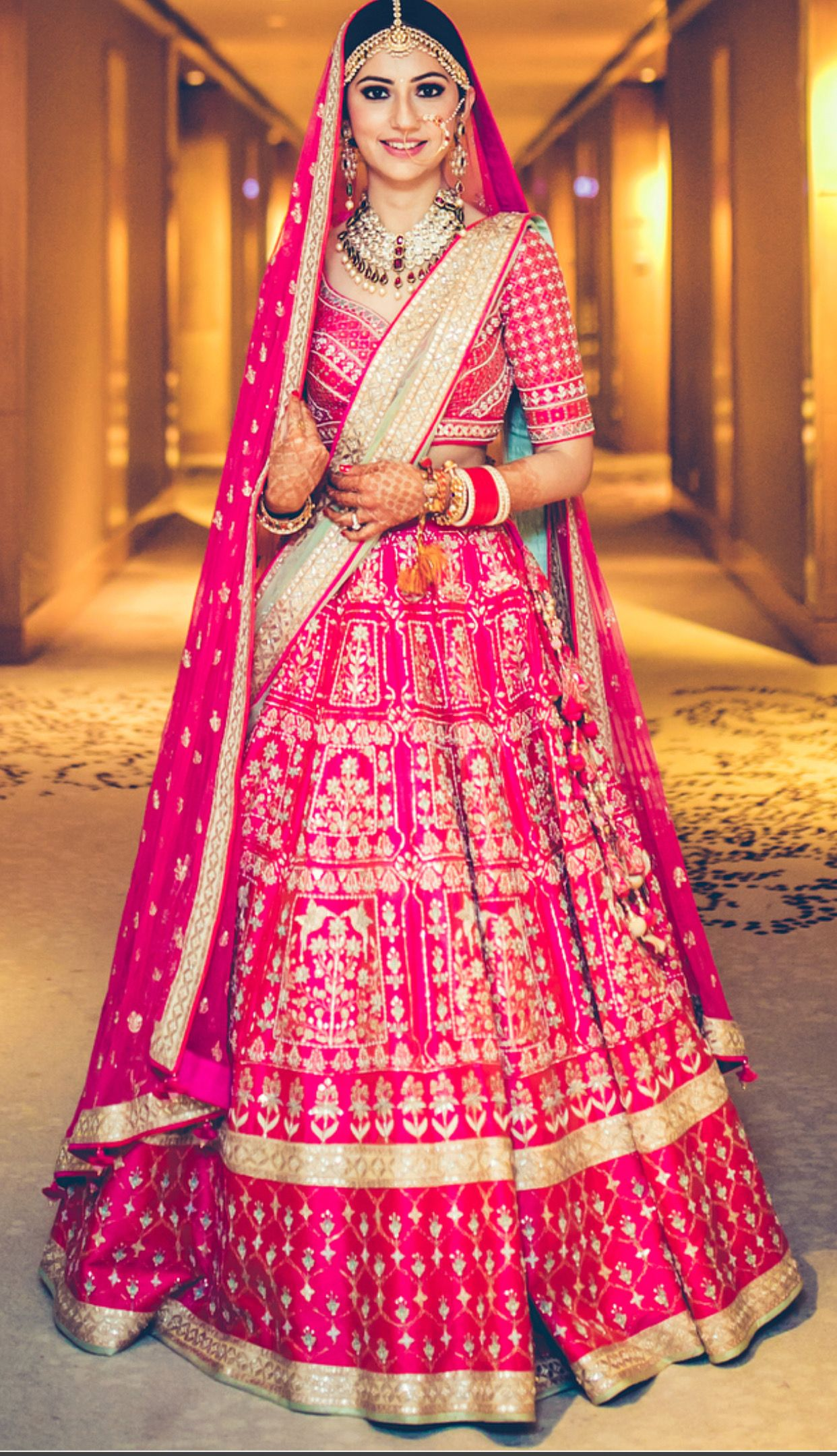 Pinterest cutipieanu Bridal lehenga red, Indian