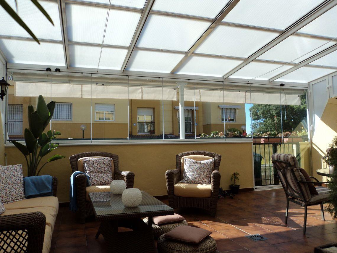 Los techos transparentes y su uso en las terrazas techos for Techo policarbonato transparente