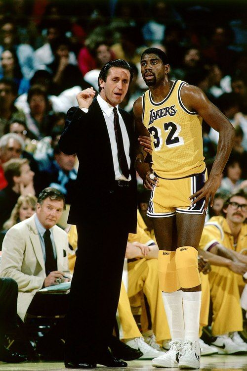 dc94bf993 Magic Johnson my all time fave player for the L.A Lakers ...