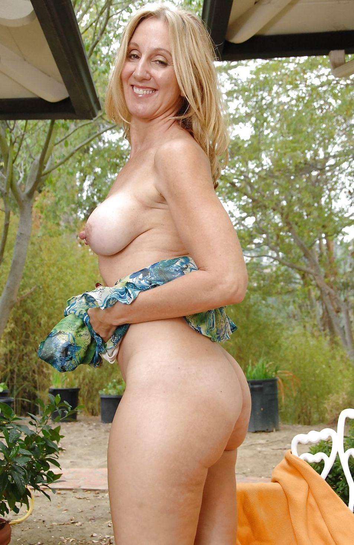 Nude hard ab girl interesting. Tell