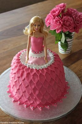 Kerstins Kreative Kuche Barbie Torte Fondanttorten Pinterest