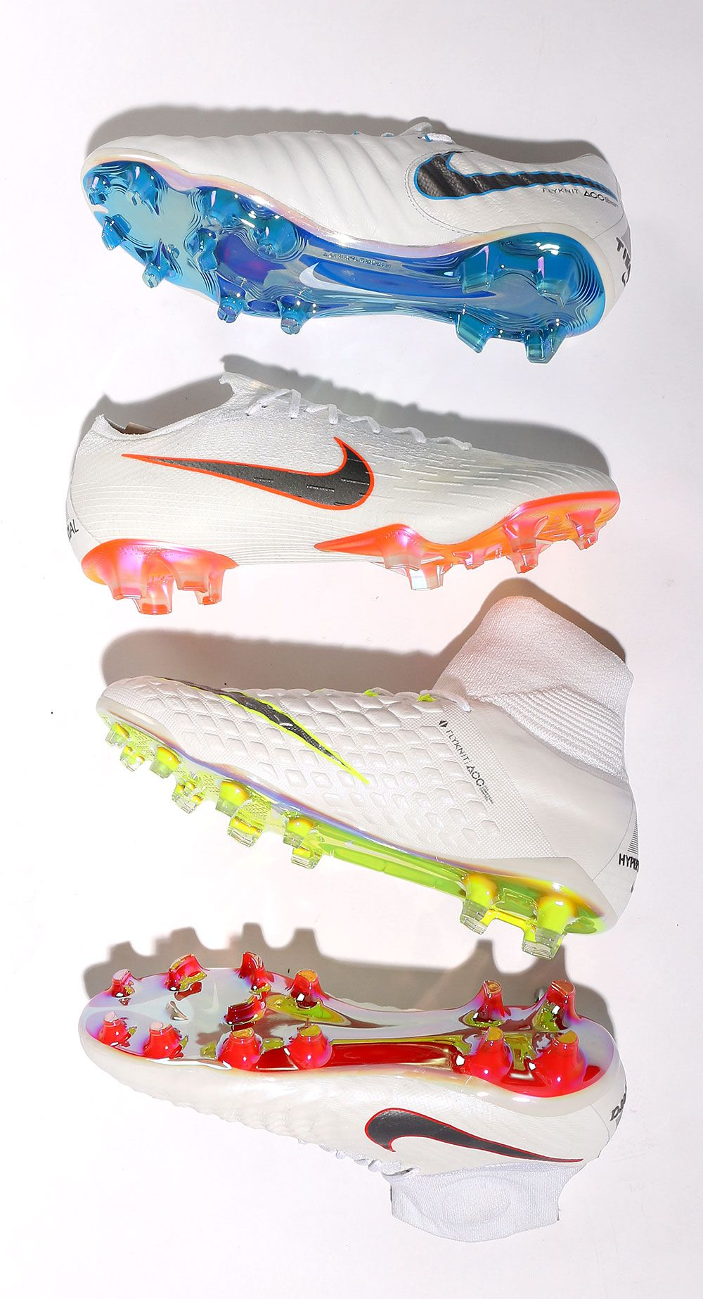 7b6f5b224fd Botas de fútbol Nike Just Do It. Foto: Marcela Sansalvador para futbolmania .com