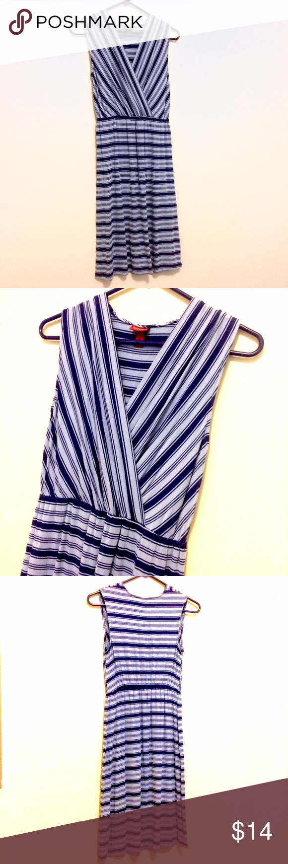 Sleeveless Knit Blue Striped Sun Dress by Merona Super comfortable and flattering sundress. Only worn a couple times. Merona Dresses