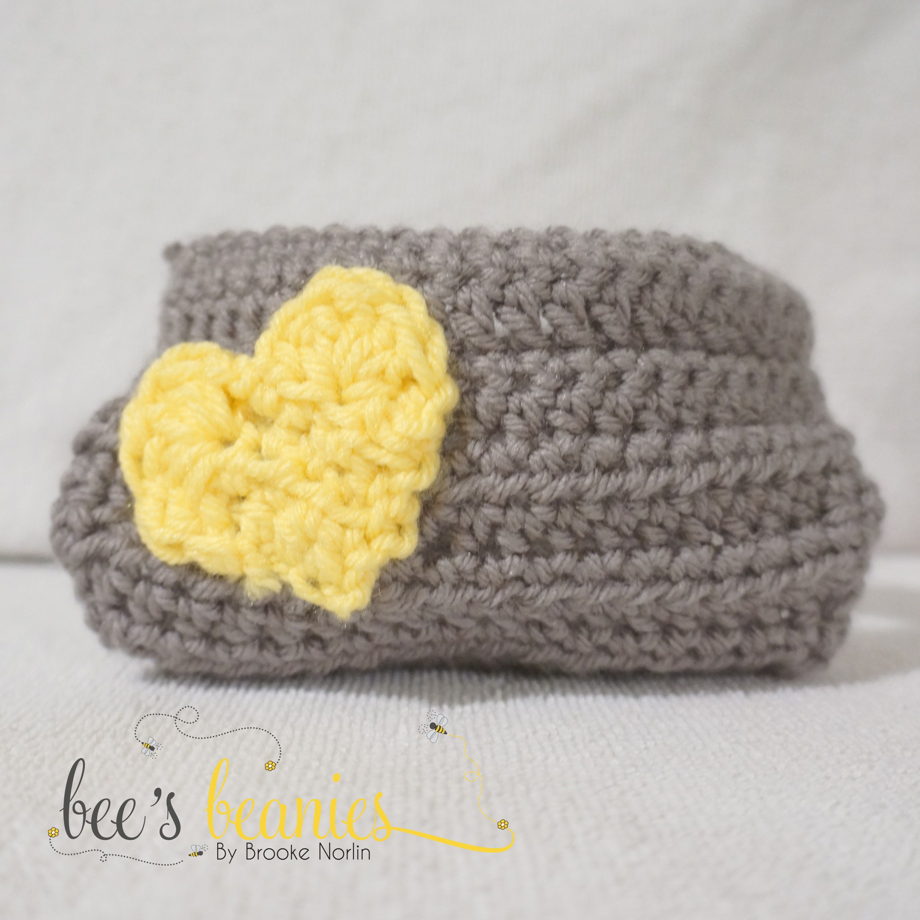 Crochet Newborn Diaper Cover by Bee's Beanies