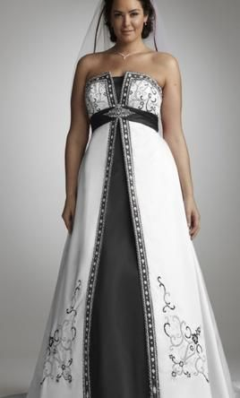 Davids Bridal Yp3066 16 Buy This Dress For A Fraction Of The Salon Price On PreOwnedWeddingDresses