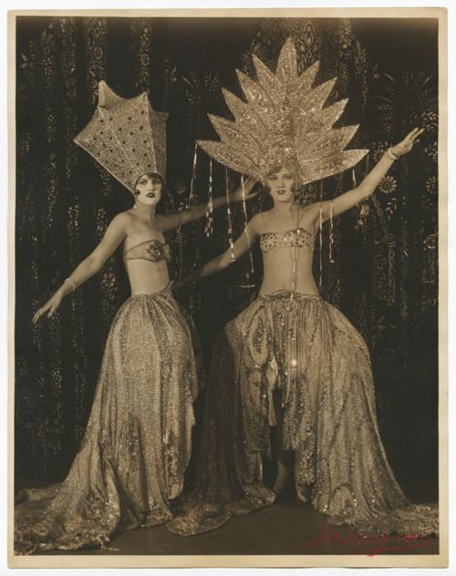 Show girls in costume, 1926.