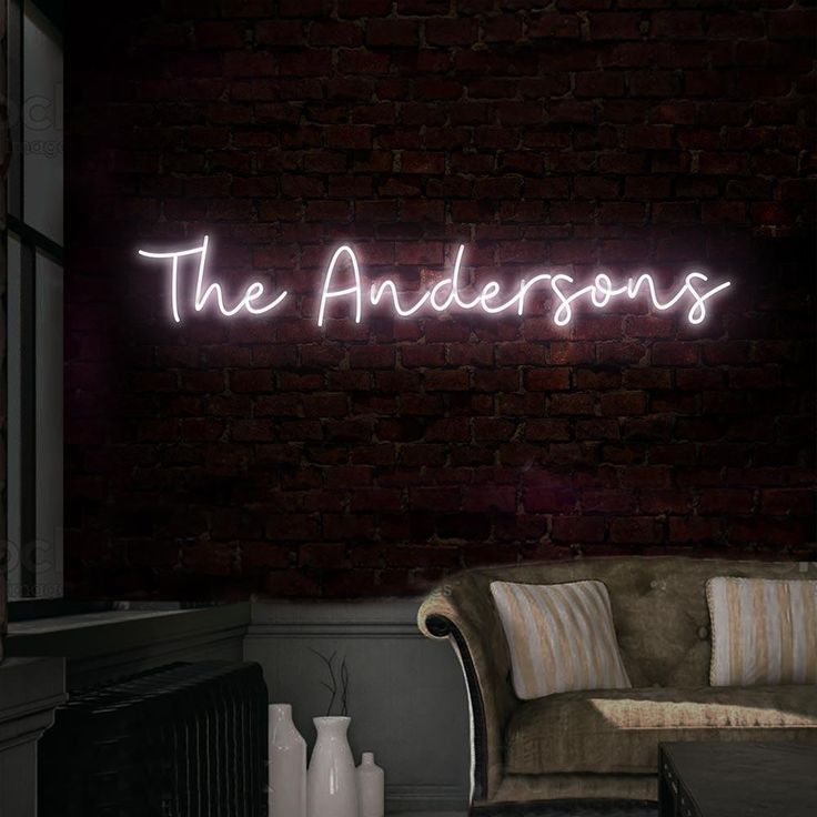 Custom Surname Neon Sign (With images) Neon signs, Neon
