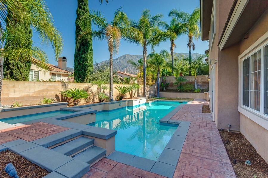Pin de Podley Properties en Beautiful Backyards Pinterest