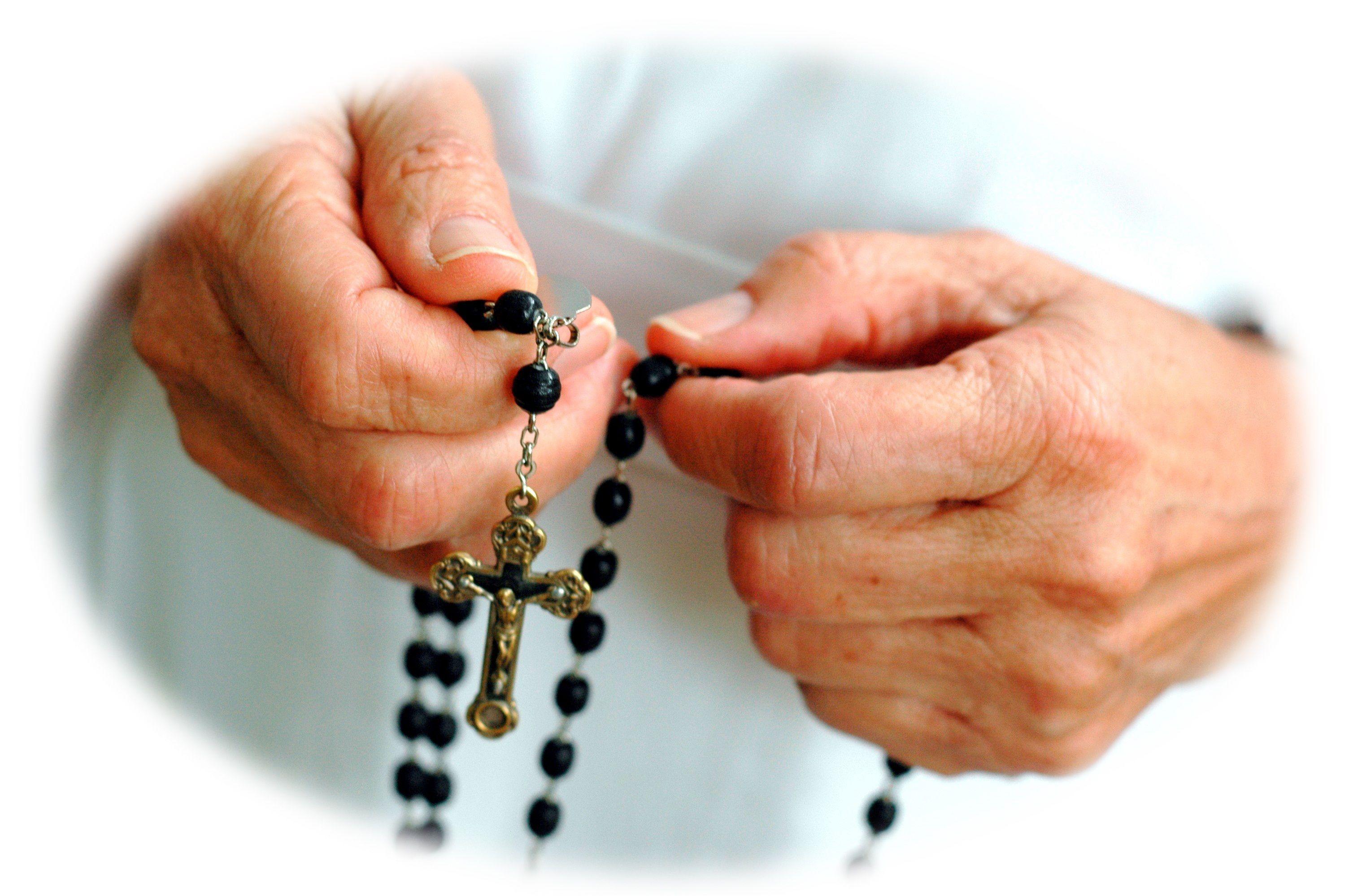 Pin By Anna Gutierrez On Rosary Prayers Holy Rosary