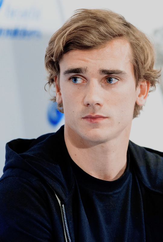 Antoine Griezmann attends to the 'New H&S Ambassador' presentation at NH Collection Eurobuilding Hotel on April 6, 2017 in Madrid, Spain.