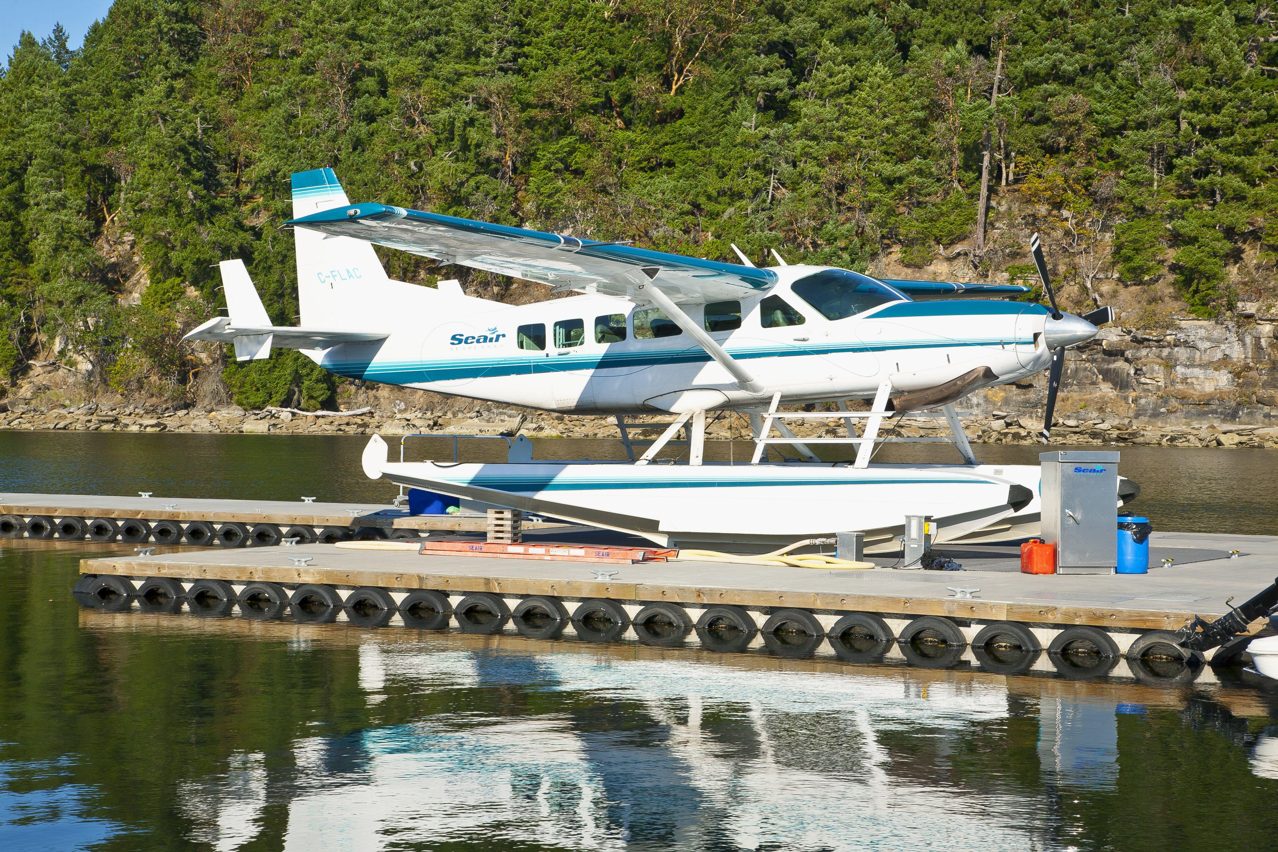 Seair Float Plane Dock Float plane, Floating house, Lake
