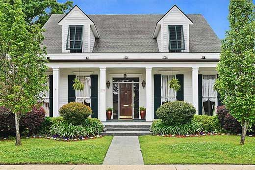 Custom Acadian Style House In Metairie, Louisiana | Awesome Houses ...