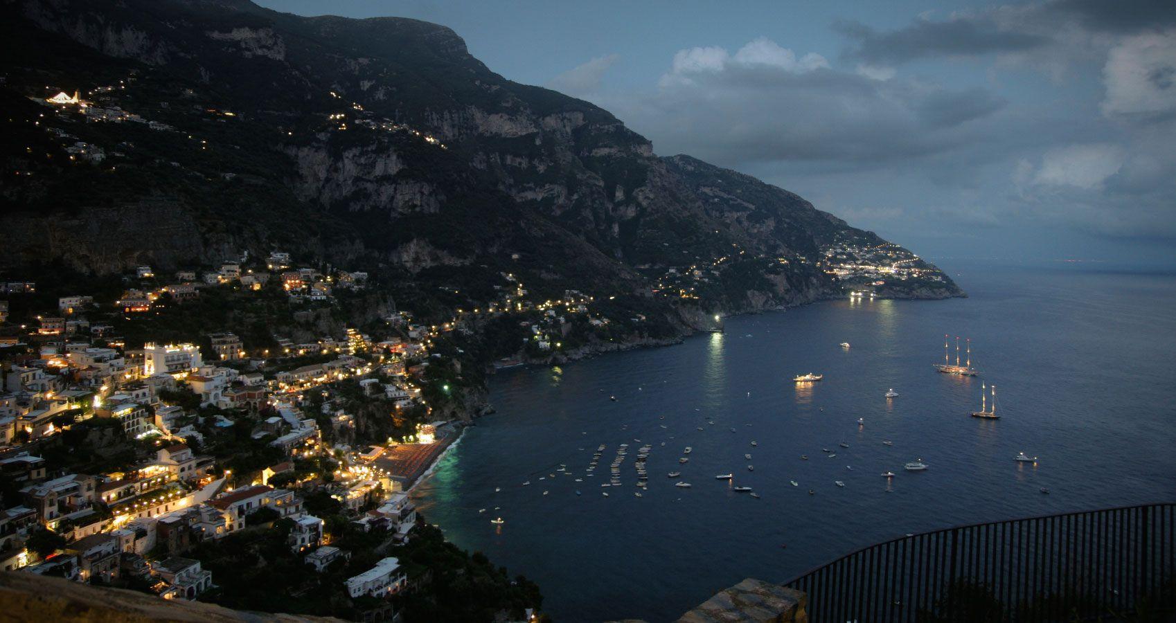 Le Terrazze Restaurant Via Grotte dell Incanto, 51 84017 Positano ...