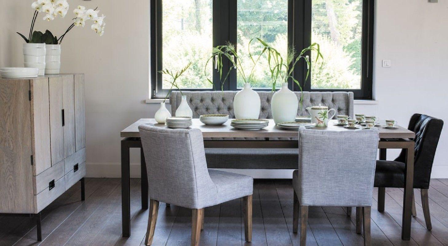 Mesa con sillas y banco tapizado capiton vilmupa home for Banco para mesa de comedor