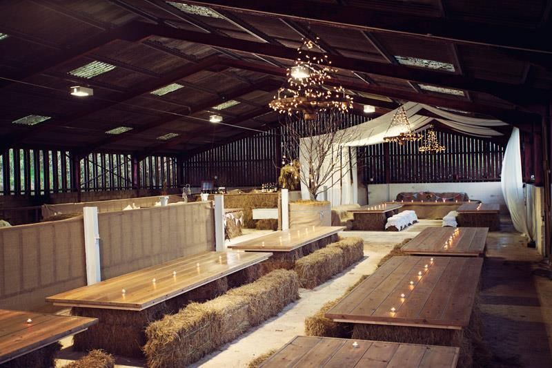 Planning A Farm Yard Style Wedding This Year Is Really Cute Rustic Theme And Gives You P