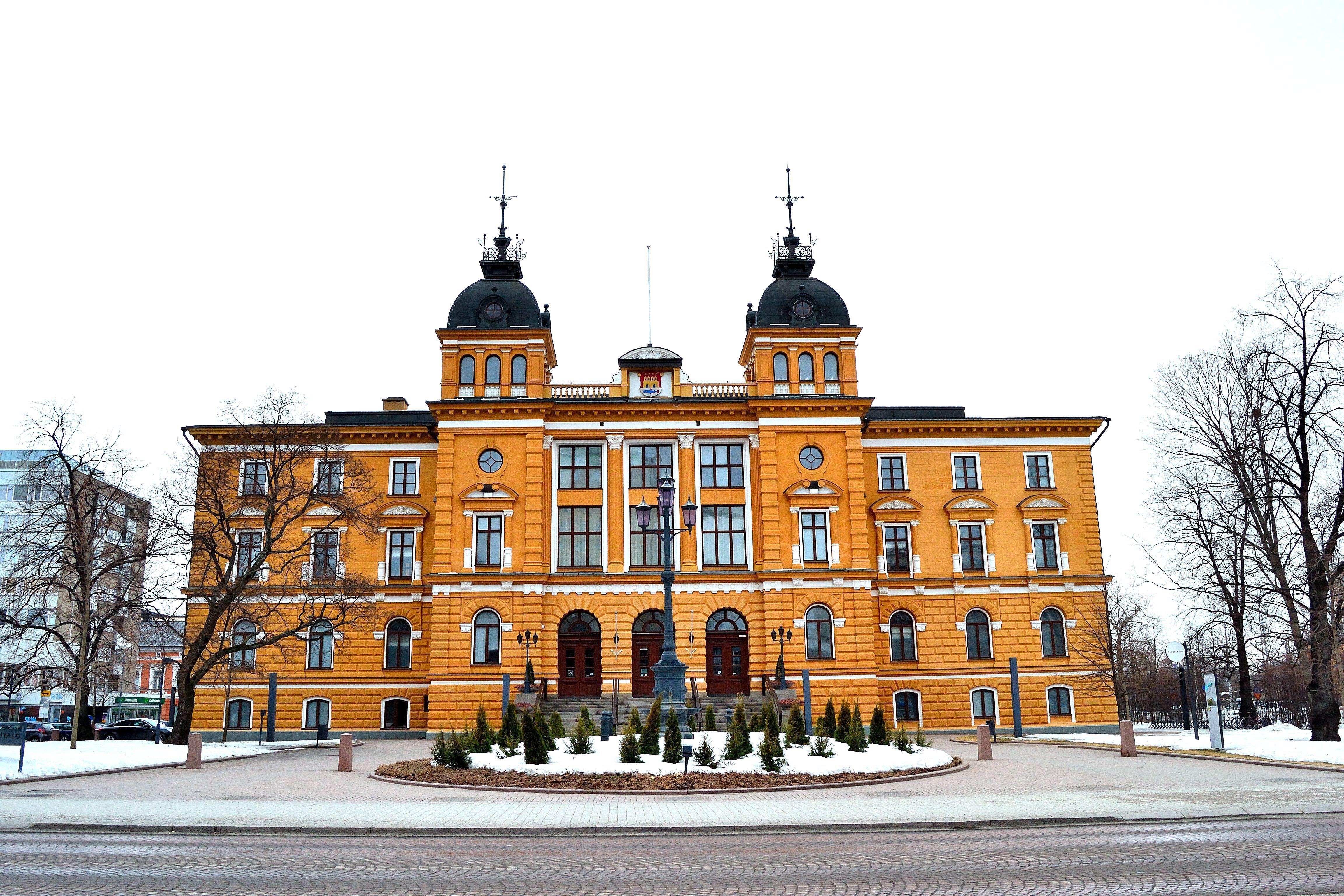 Lennot Oulu Helsinki Norwegian
