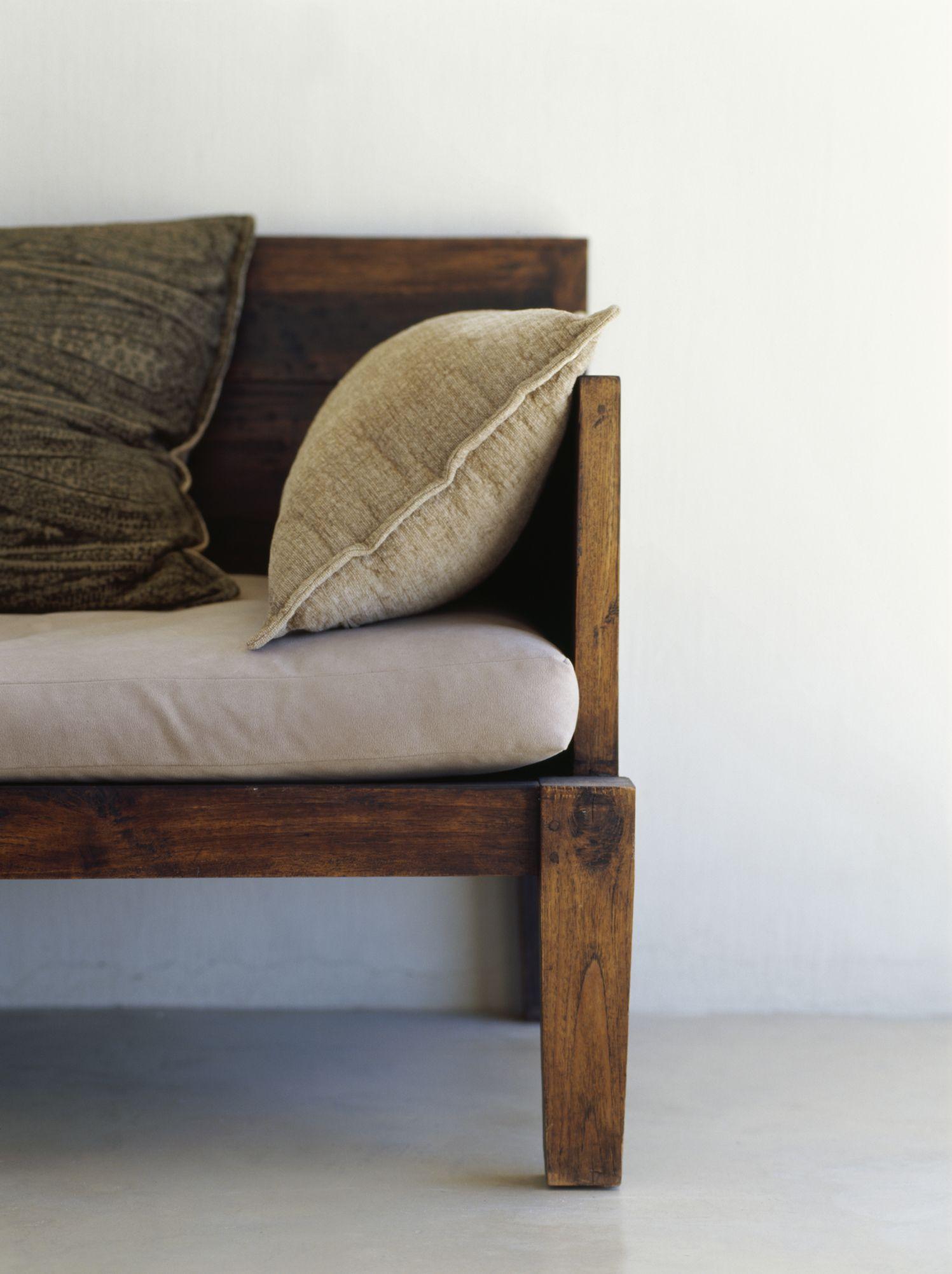 Cómo construir un sofá de dos cuerpos a partir de maderas 2 por 4 ...