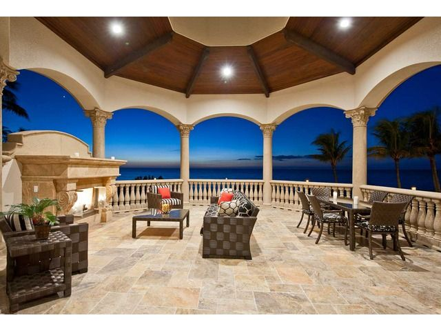 Amazing outdoor area overlooking the Gulf of Mexico in this Naples ...