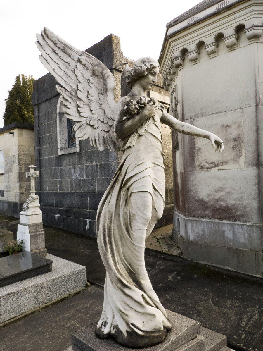 Well-known Cemetery angel 1 by dlambeaut.deviantart.com on @DeviantArt  SI35