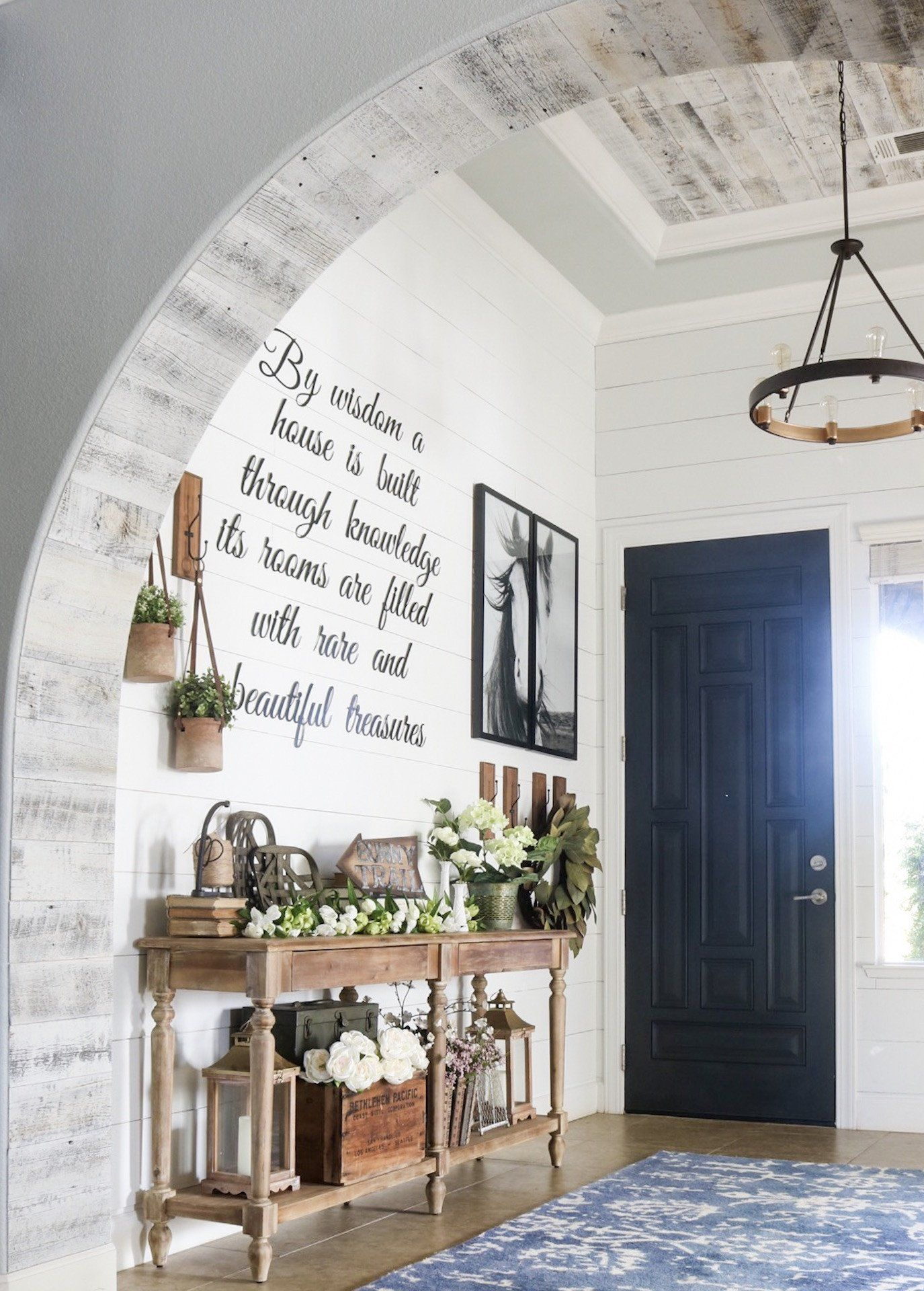 7 French Farmhouse Designs Entryway Decorating Ideas Farmhouse