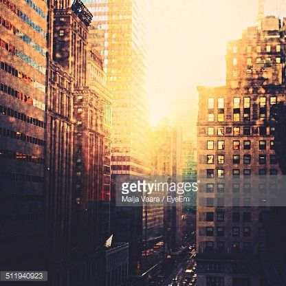 Stock Photo : Sunshine in the city