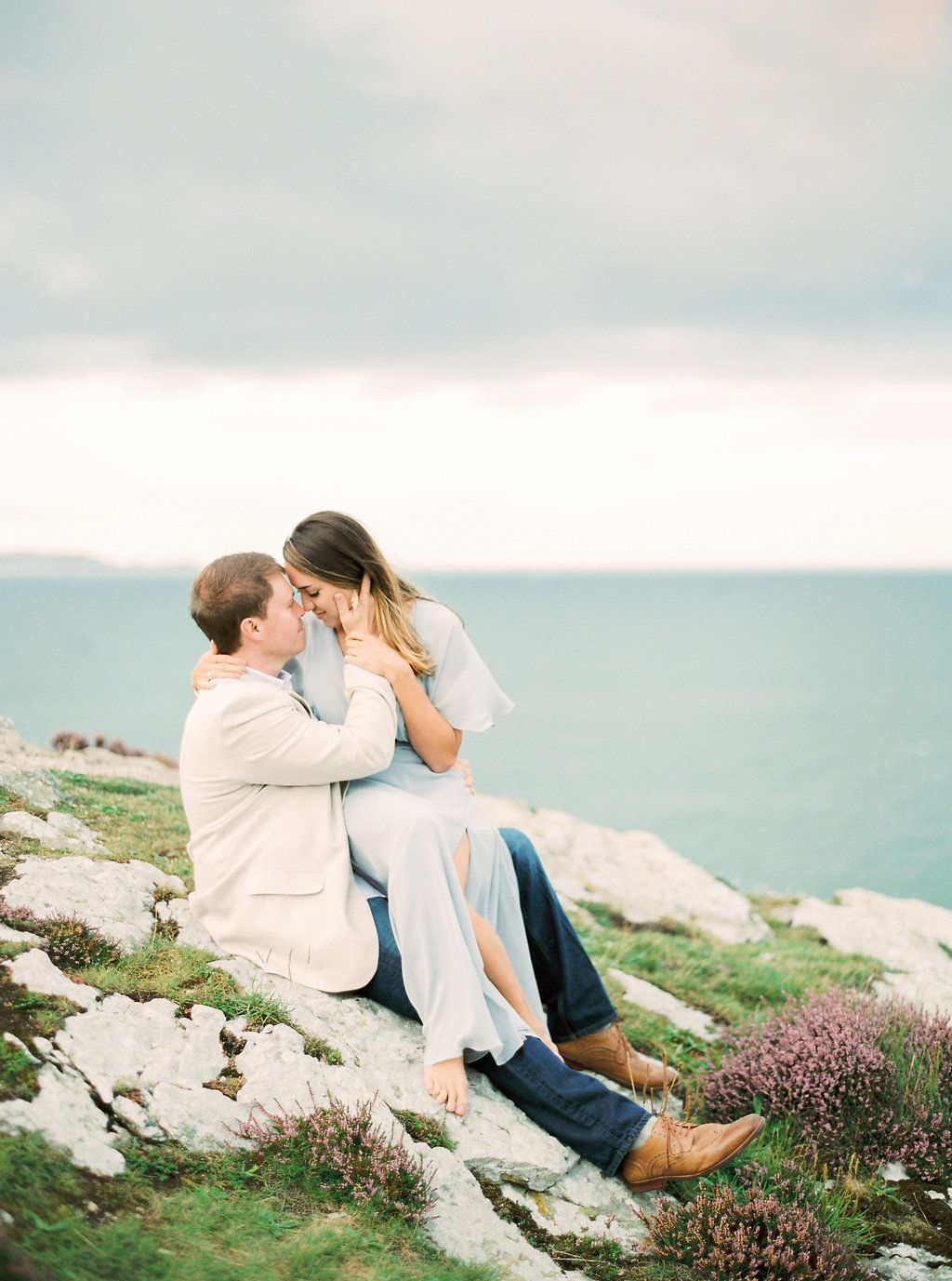 A Beautiful Anniversary Shoot On The Cliffs In Ireland