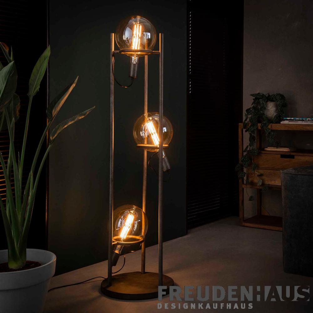 Pin Von Leigh Ann Miller Auf Business Ideen In 2020 Industrie Strahler Stehlampe Lampe