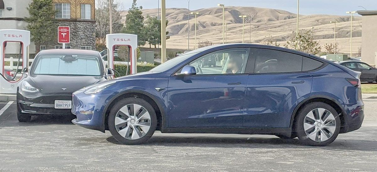 Tesla Model Y Spotted In California 3rd Row Seats Seen In New Pic