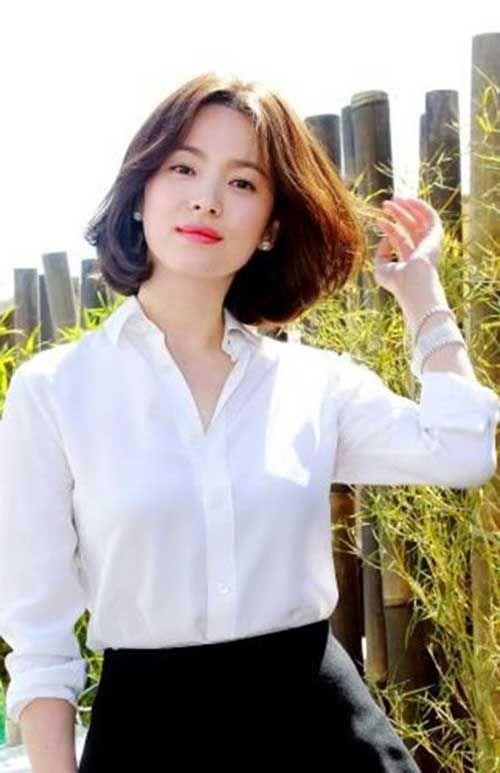 Bob Haircut And Hairstyle Ideas Medium Hair Styles Korean Short Hair Hair Styles