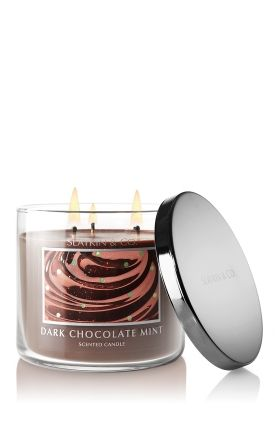 "Dark Chocolate Mint by Slatkin & Co. (Bath and Body Works)- ""A blend of dark chocolate shavings and pure peppermint, with rich vanilla cream and just a touch of caramel""  Loovvee this candle!!"