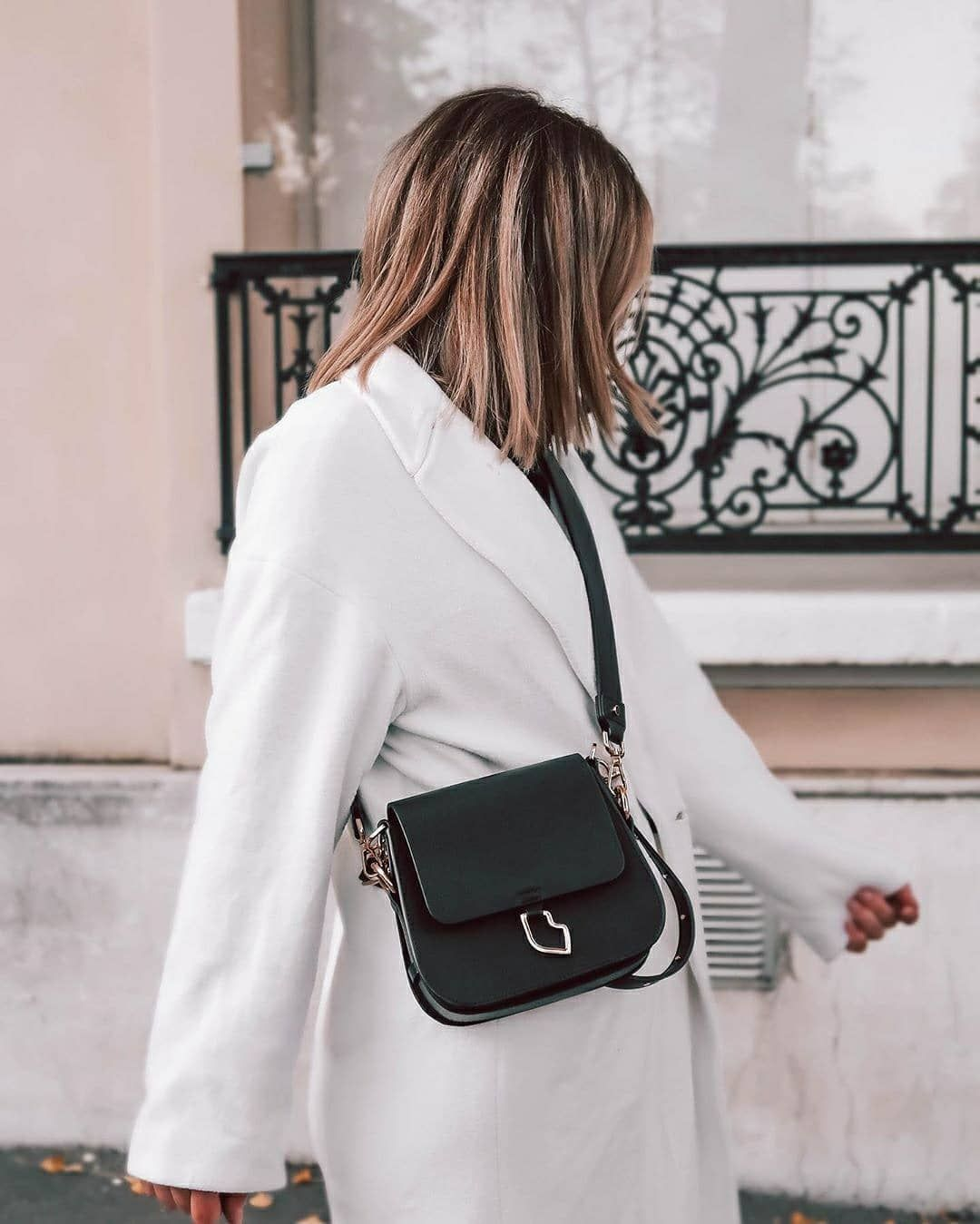 Bons Baisers De Paname On Instagram Life Is Good When You Have A New Bag Sac French Kiss Small Shoulder Noir Somaiwenn New Bag Bags French Kiss