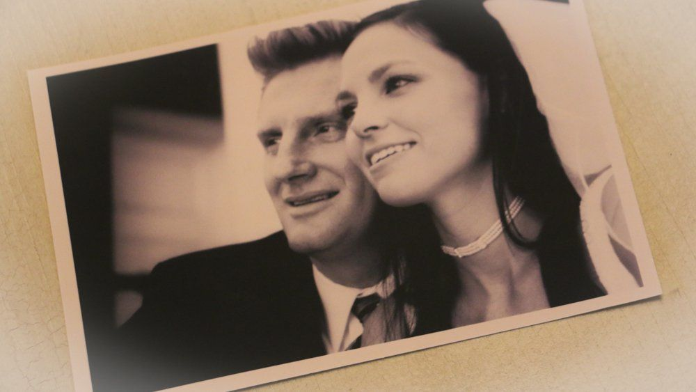 Lyric rory lyrics : Joey and Rory Feek pictured in this photo from their wedding day ...