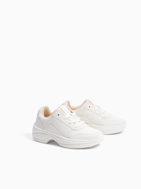 Zdjecie 2 Biale Buty Sportowe Na Ozdobnej Podeszwie Z Zara White Sneakers Sneakers White Sneaker