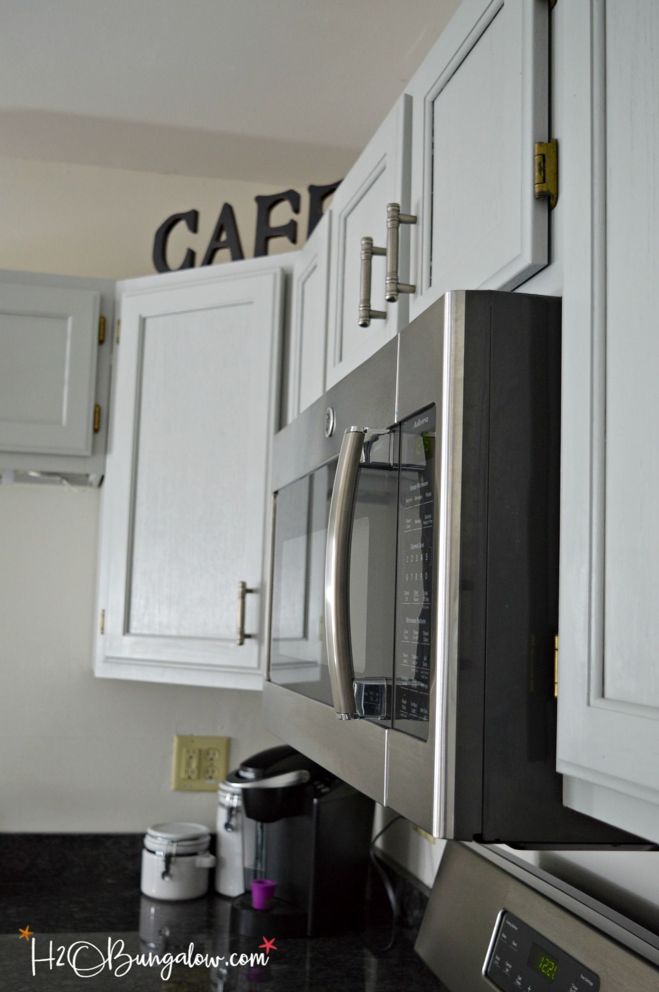 Step By Step Guide How To Paint Kitchen Cabinets Kitchen Cabinets Diy Kitchen Cabinets Makeover Beautiful Kitchen Cabinets