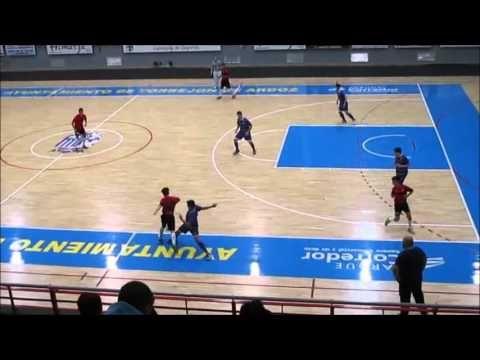 Partido de futbol sala cadete entre Torrejon Sala y Oroquieta Espinillo
