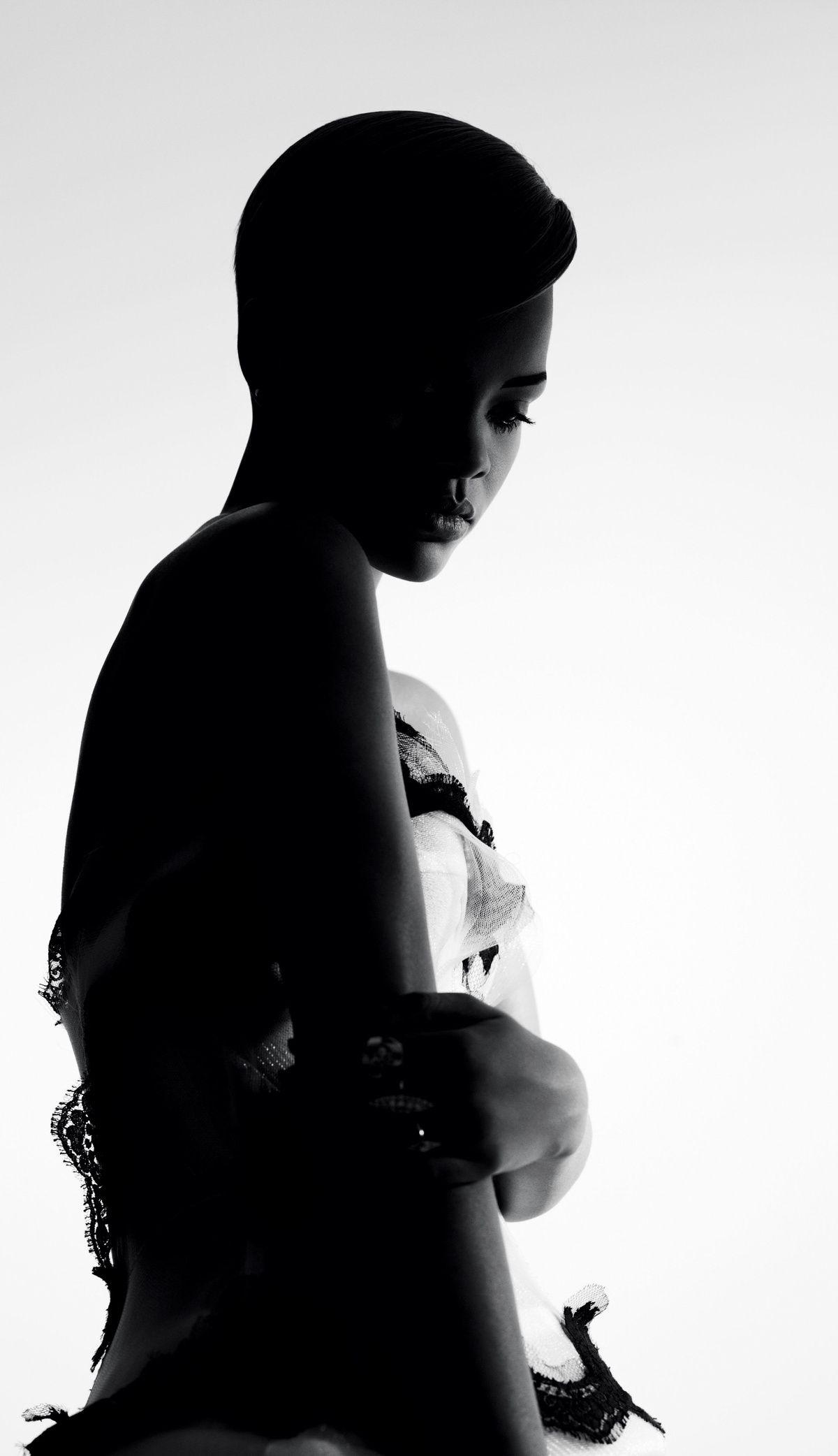 Good Girl Gone Mad   Rihanna Dress Dolce & Gabbana