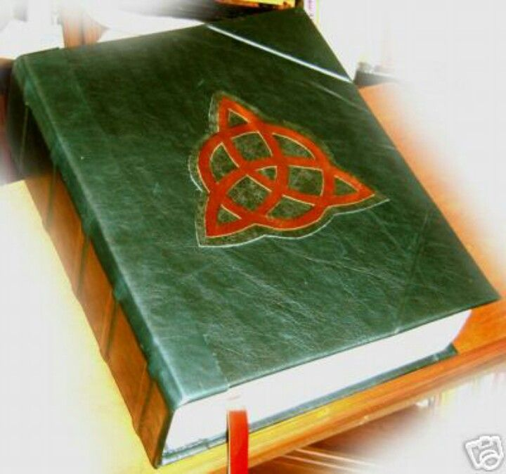 Charmed!!! The book of shadows