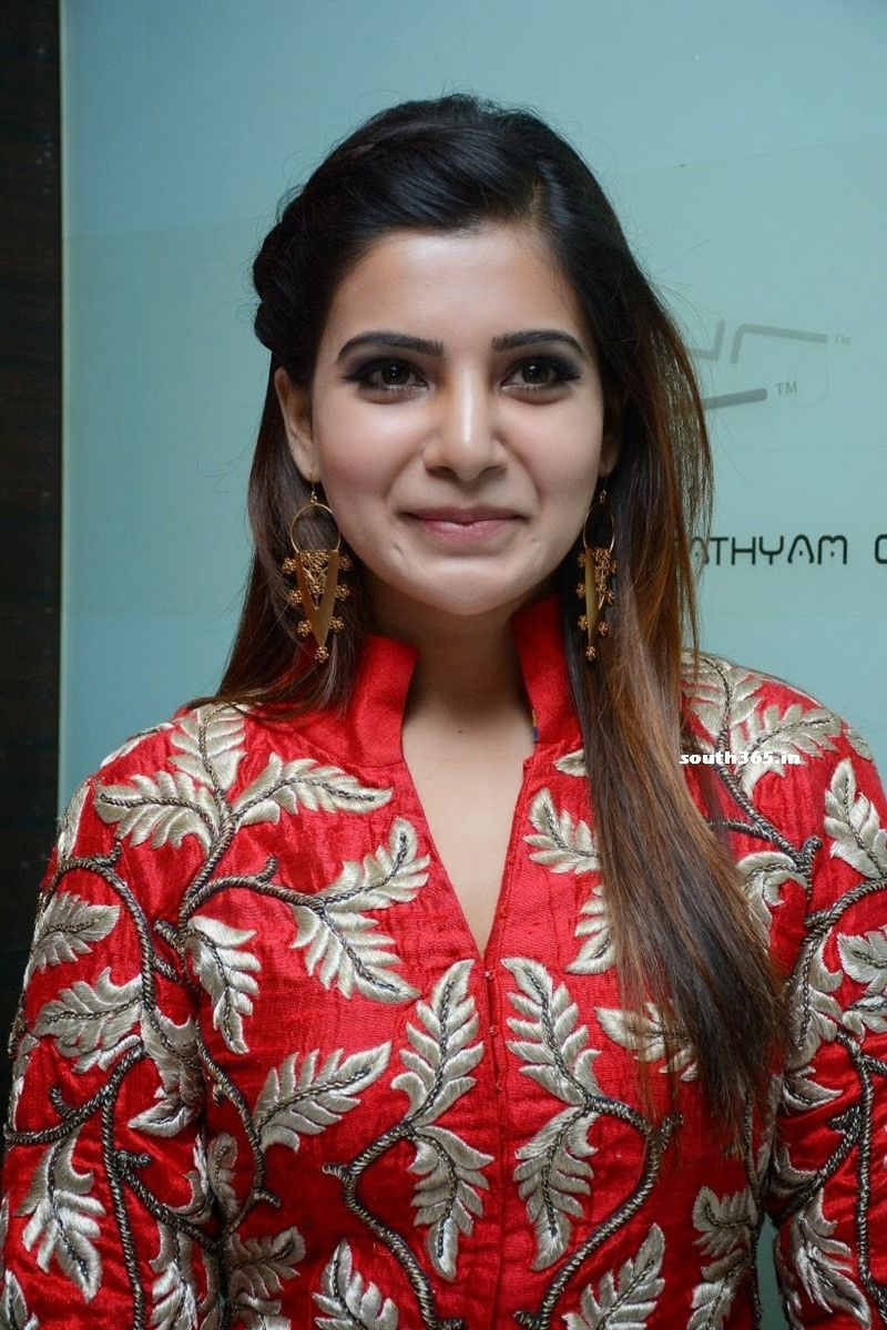 Actress Samantha Ruth Prabhu in Red Dress at Enakkul ...