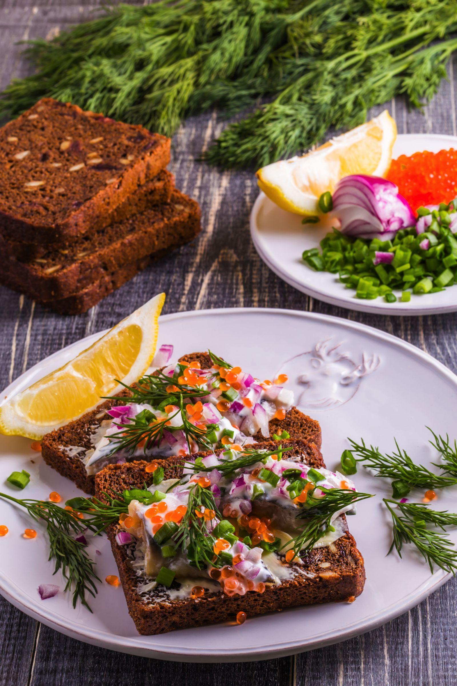 Scandinavian Food 12 Best Scandinavian Dishes To Try Scandinavian Food Food Yummy Food