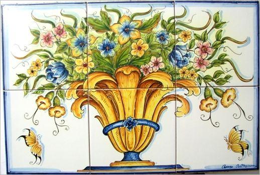 Pannelli ceramica di caltagirone dipinti a mano. vaso floreale in