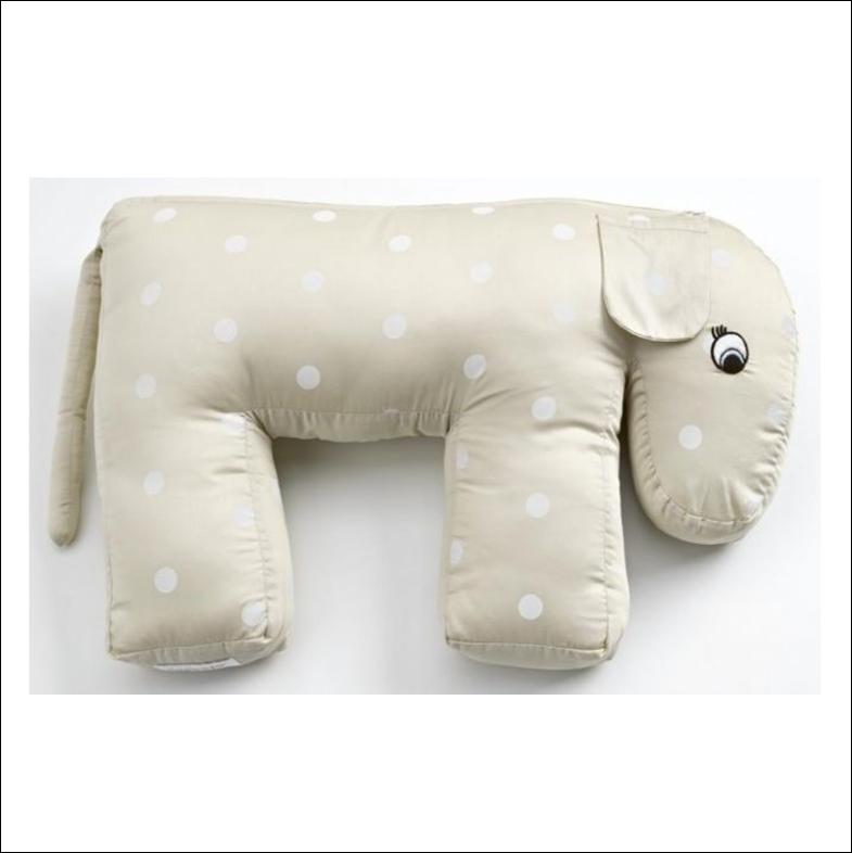 Nursing pillow - I named mine Svend ;-)