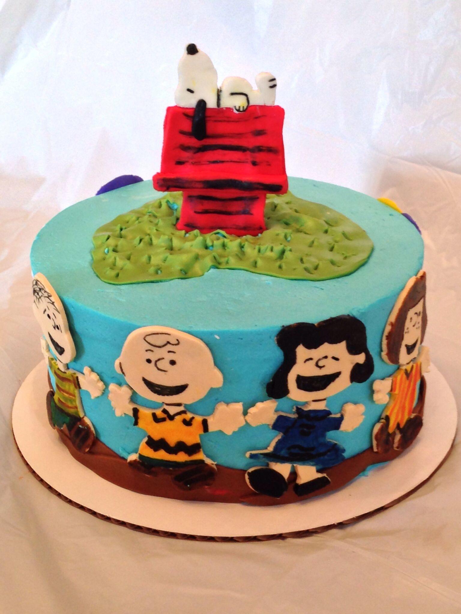 Peanuts Themed Birthday Cake