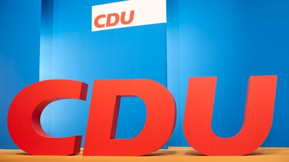 Resultado de imagen para Fotos de Unión Demócrata Cristiana