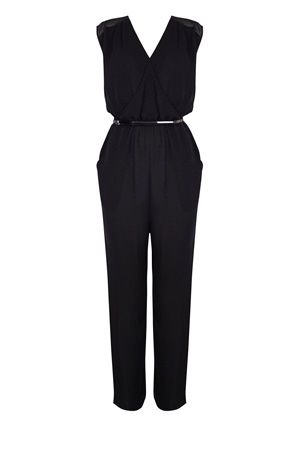 0b19ce07907b Who doesn t love a good jumpsuit  Black Neck