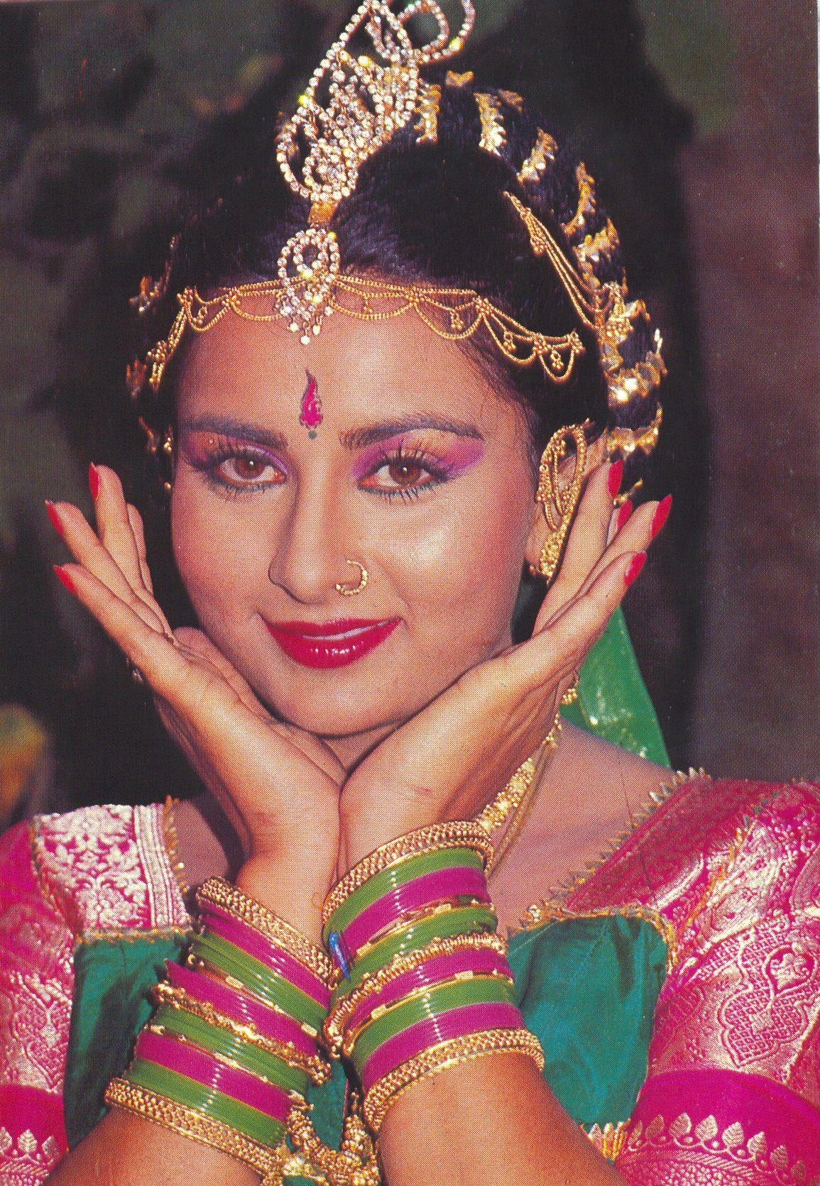 Kasam, 1988 PoonamDhillon Bollywood images, Vintage