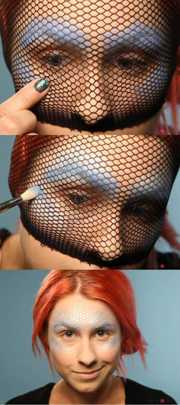 Mermaid Makeup | Dress up like a mermaid this Halloween with this makeup tutorial. | Best makeup tutorials from youresopretty.com #MakeupTutorials #youresopretty