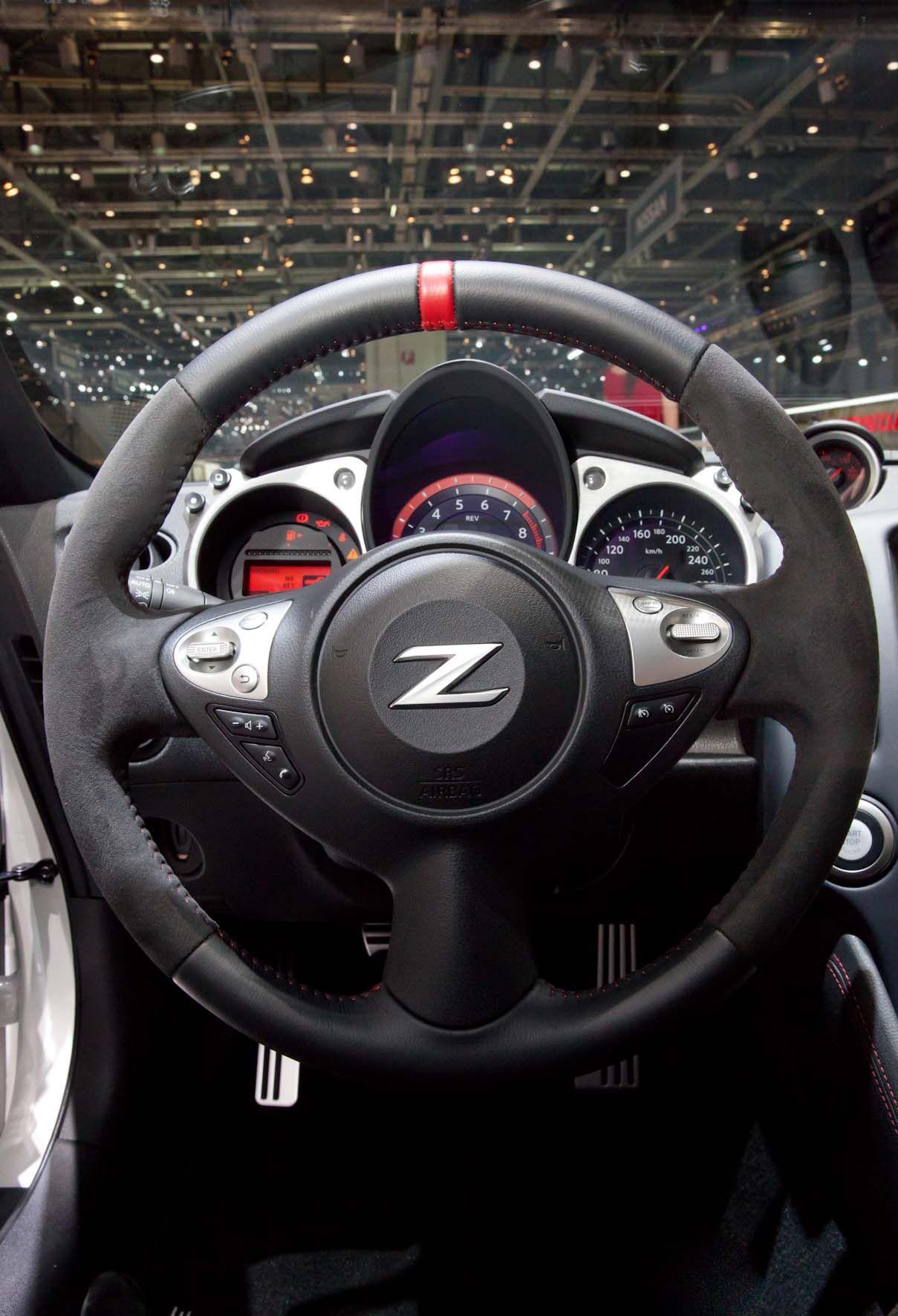 nissan 370z steering wheel in alcantara gvamotorshow alcantaraspa nissan 370z steering wheel in