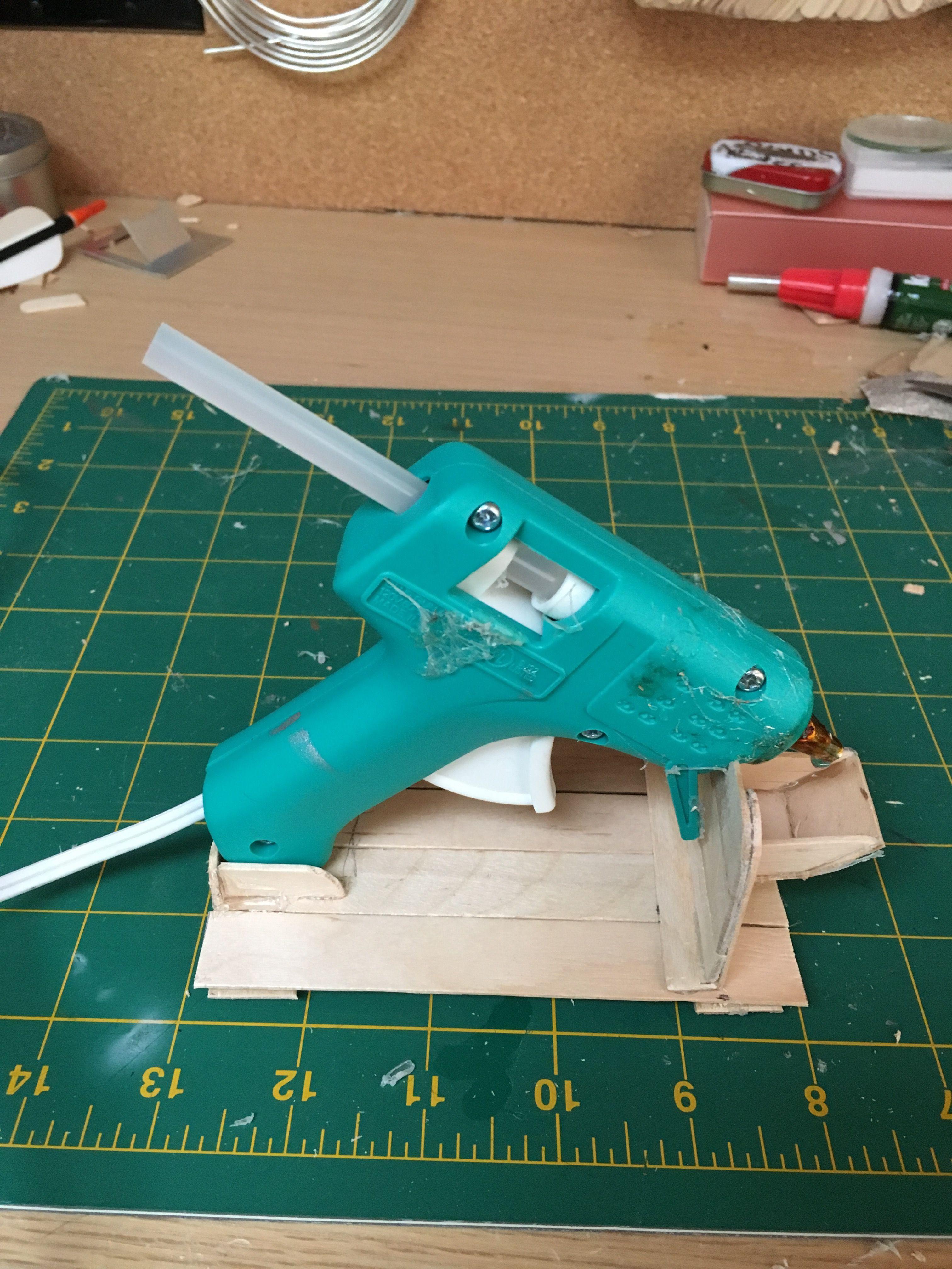 Hot glue gun stand popsicle stick diy