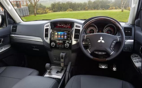 2019 Mitsubishi Pajero Sport Interior In 2020 Mitsubishi Pajero Mitsubishi Pajero Sport Mitsubishi